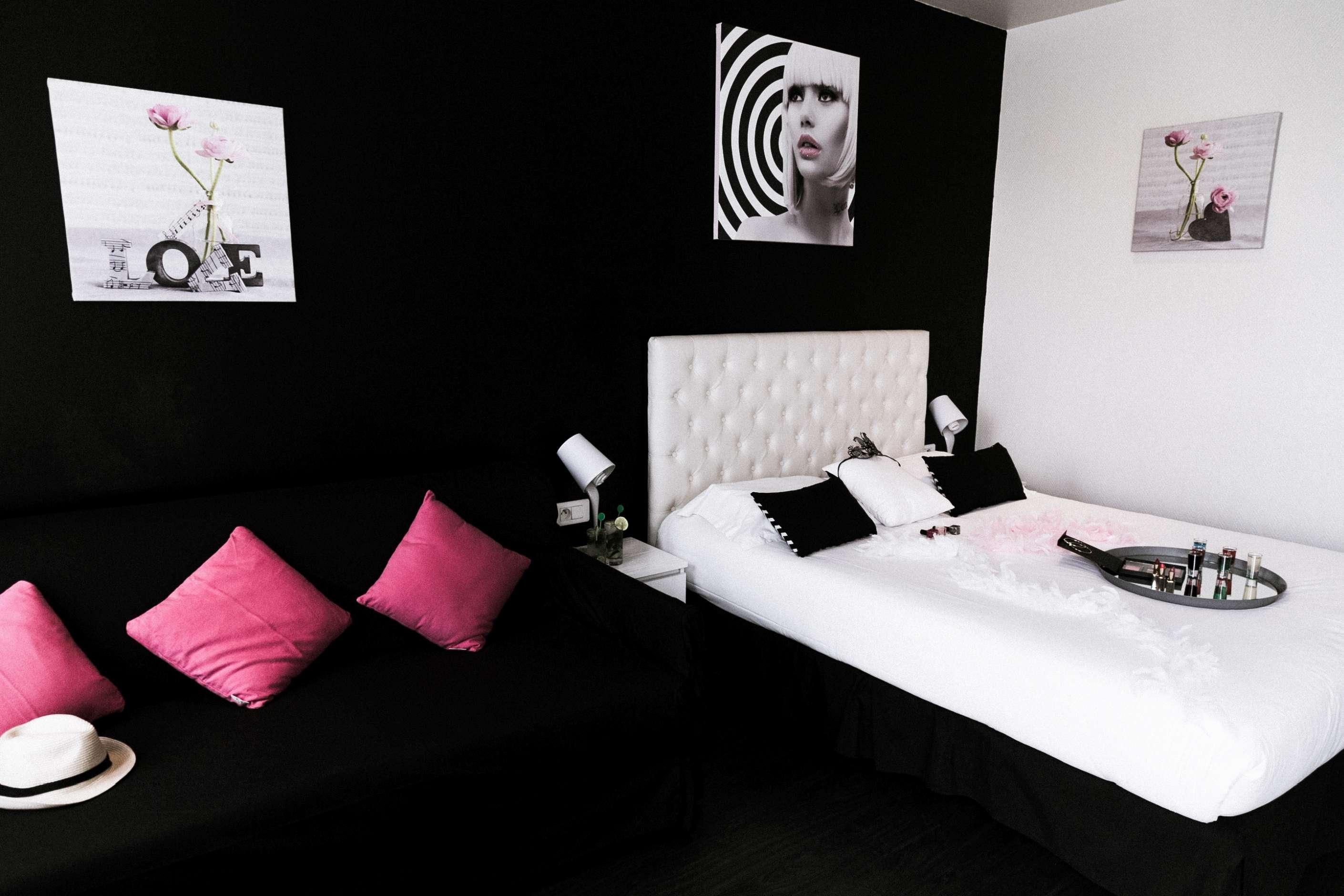 Ideal hotel design paris site officiel gallerie for Ideal hotel paris 15