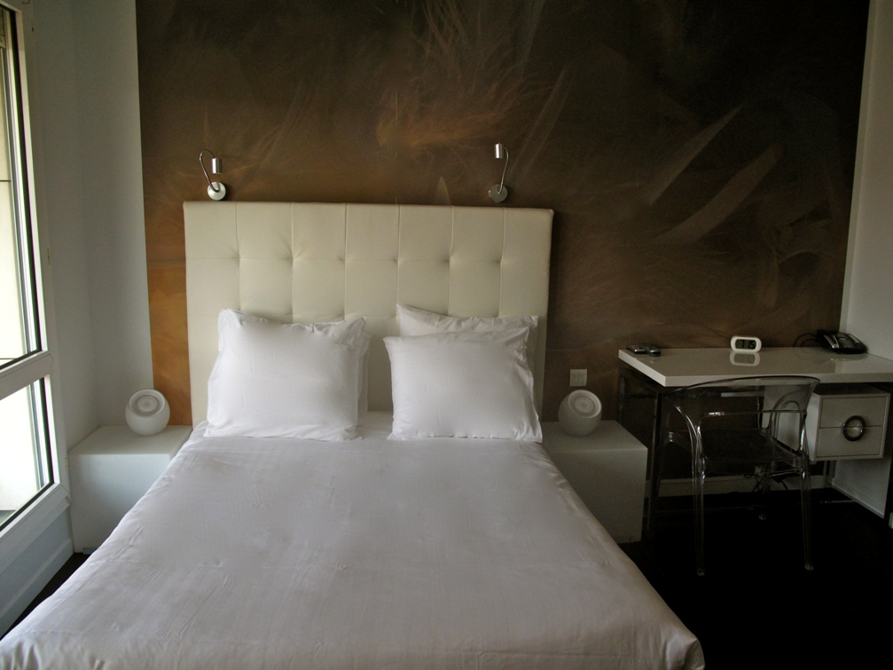 LOVE ROOM. By Ideal Suite Hotel ...
