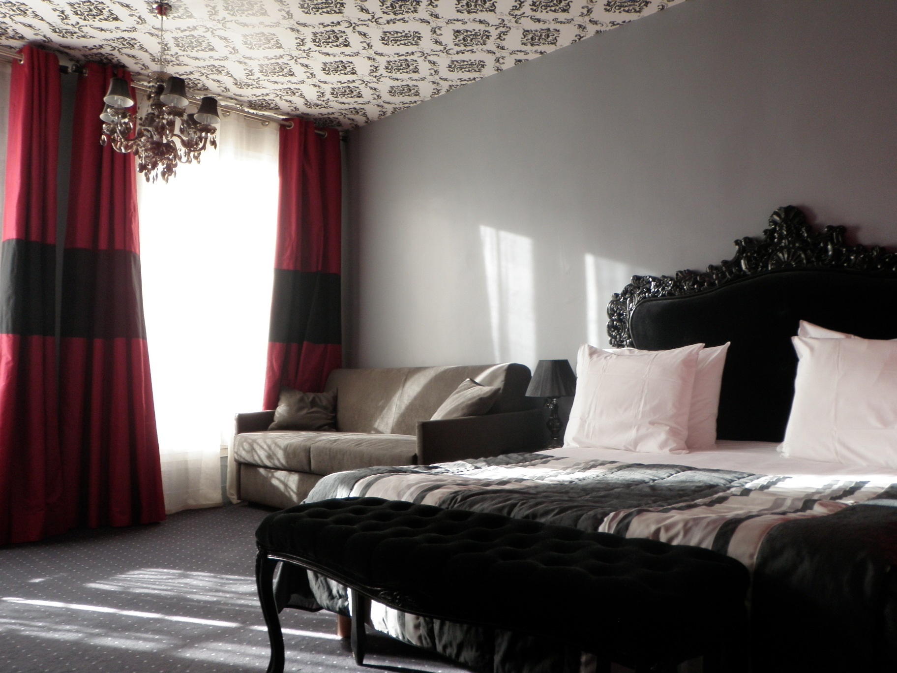 ideal hotel design paris site officiel le design et nous. Black Bedroom Furniture Sets. Home Design Ideas